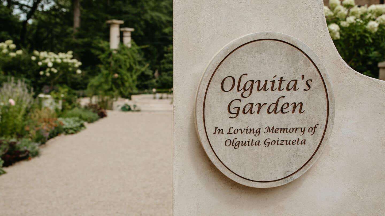 Olguita's Garden signage