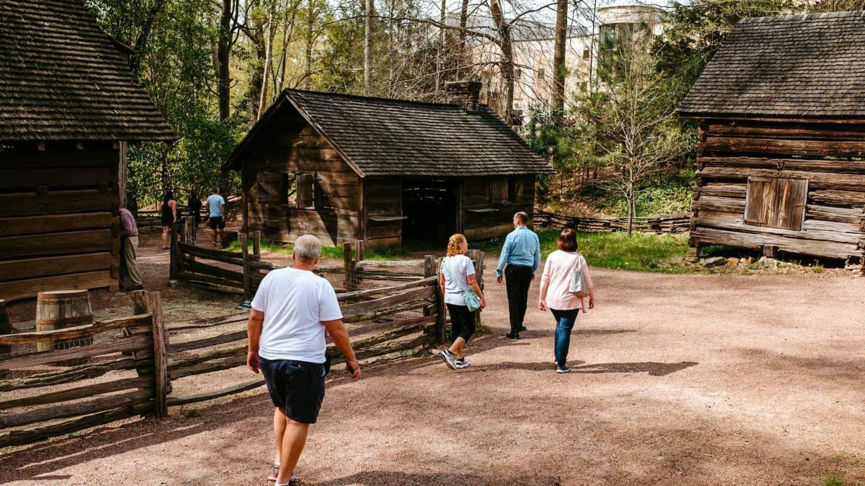 guests explore Smith Family Farm