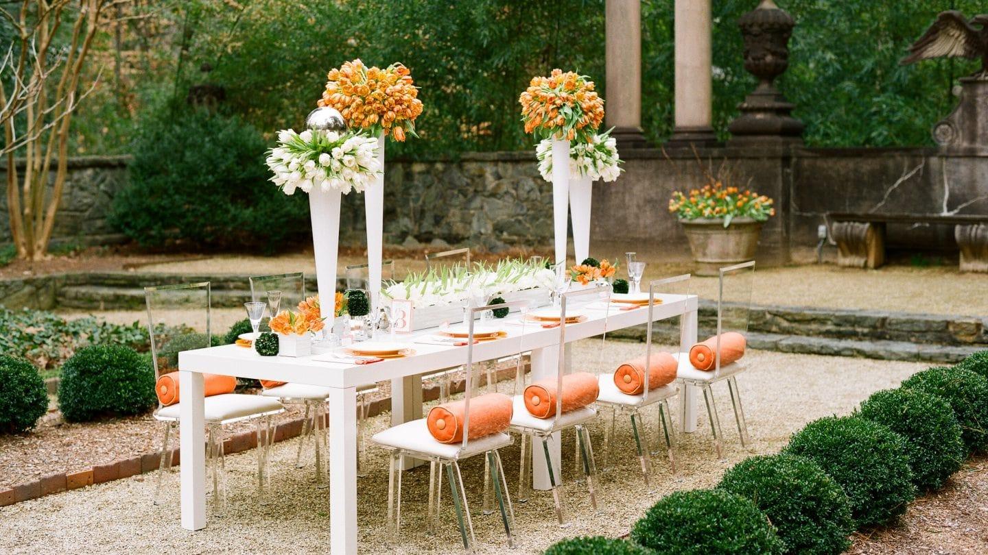 Styled table with flowers